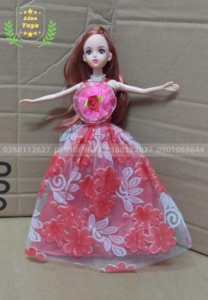 Búp bê công chúa mặc đầm