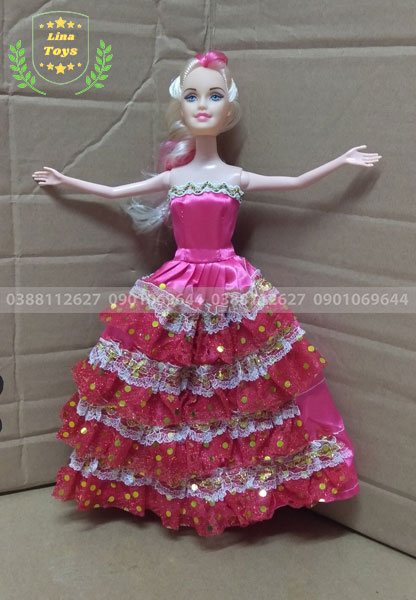 Búp bê công chúa mặc đầm tầng
