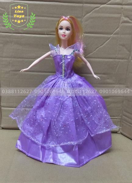 Búp bê barbie mẹ mặc đầm