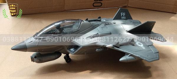 Máy bay chiến đấu điều khiển từ xa F22
