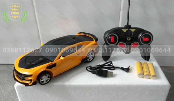 Xe ô tô điều khiển biến hình robot 36A